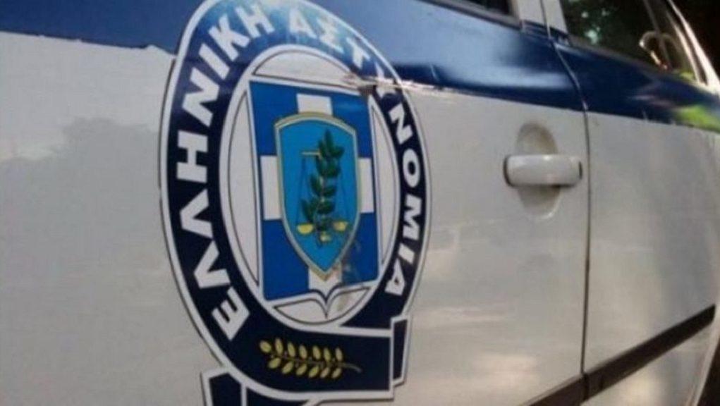 Εξιχνιάστηκαν δύο υποθέσεις κλοπής, από σταθμευμένα αυτοκίνητα, στην παραλία Μονολιθίου Πρέβεζας