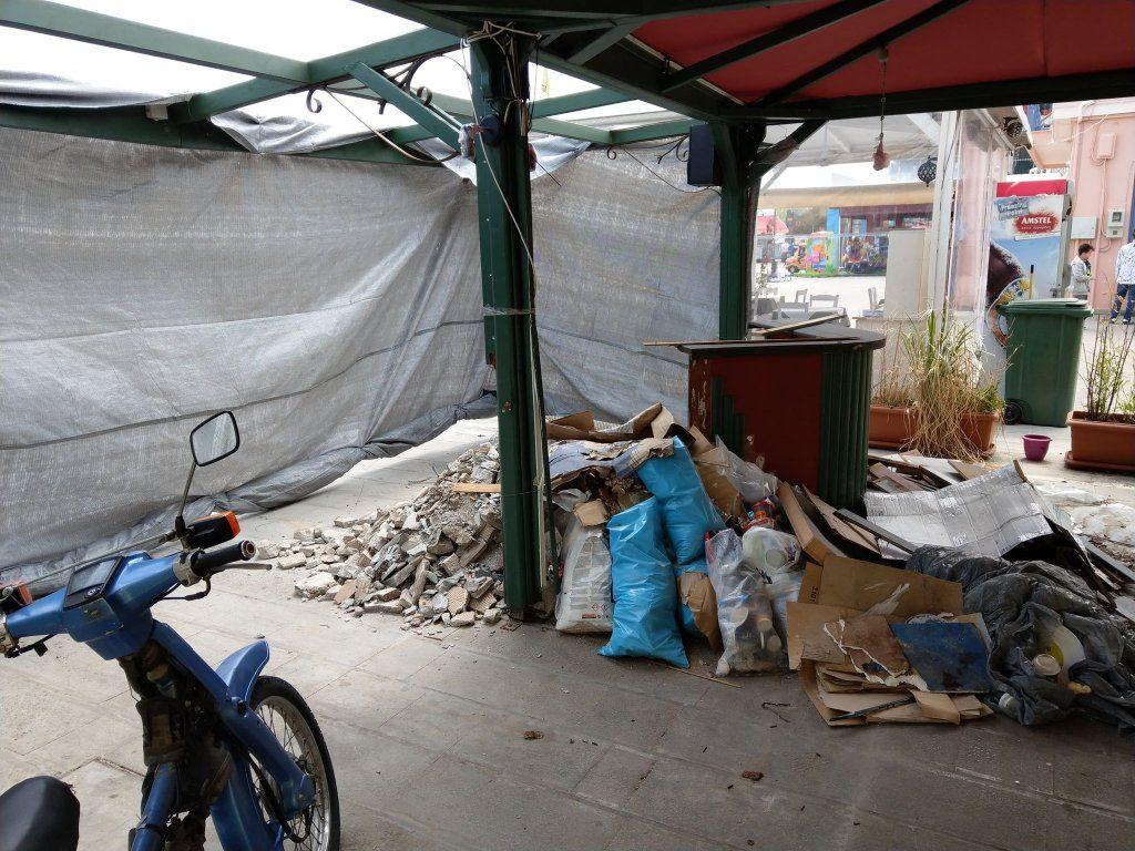 Δήμος Πρέβεζας : Το Πάσχα έρχεται, τα μπάζα στην παραλία είναι 20 μέρες!!!