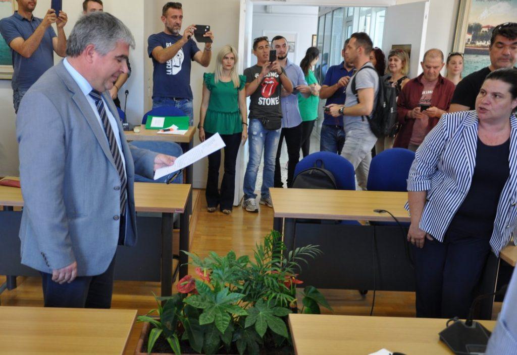 Ορκίστηκαν οι 18  μόνιμοι υπάλληλοι που προσελήφθησαν στο δήμο Πρέβεζας
