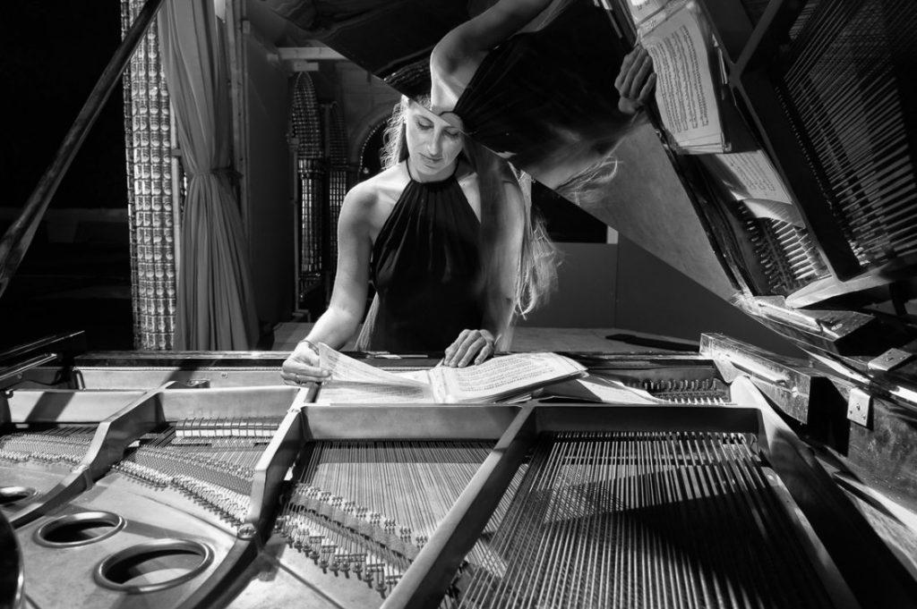Ο «Ύμνος στην Ήπειρο» της συνθέτριας Διαμαντίνας Βραχλιώτη σε πρώτη παρουσίαση στην Ιόνιο Ακαδημία της Κέρκυρας