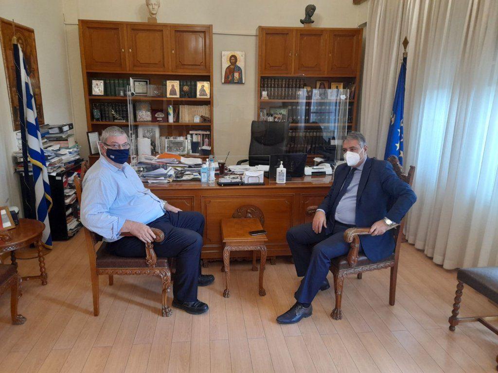 Συνάντηση του Περιφερειάρχη Αλεξ. Καχριμάνη με τον Διοικητή 6ης ΥΠΕ Ι. Καρβέλη